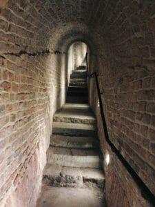 Underground_tunnel_RCW_02